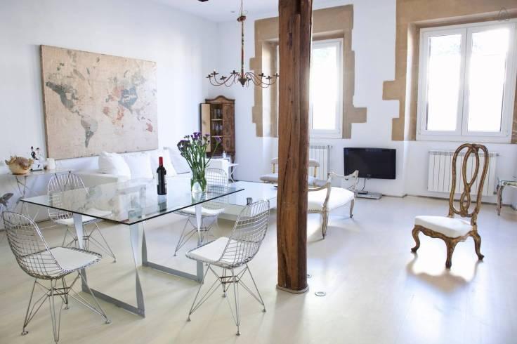 best-location-old-town-luxury-loft